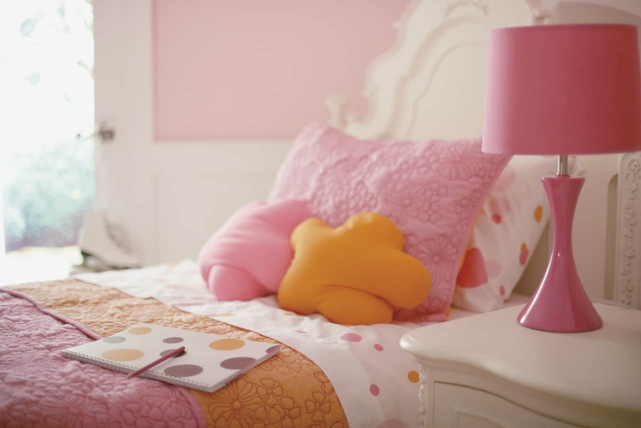 Inexpensively Redecorate Kid Rooms to Spark Imagination