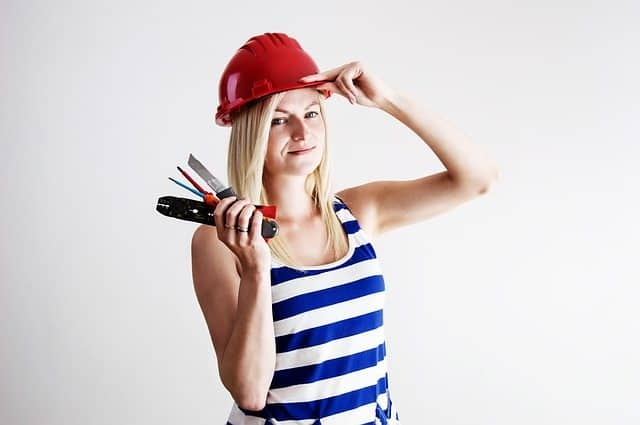 5 Side Gigs That Will Help You Pay for College repairing handy man woman to make extra money