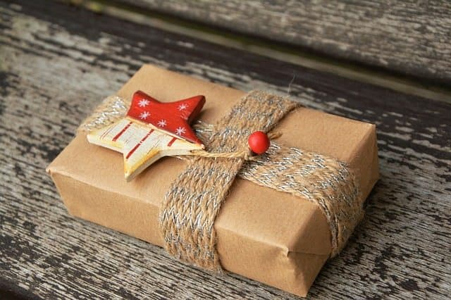 Groupons Good the Place to Buy Inexpensive Gifts for Women and Teens